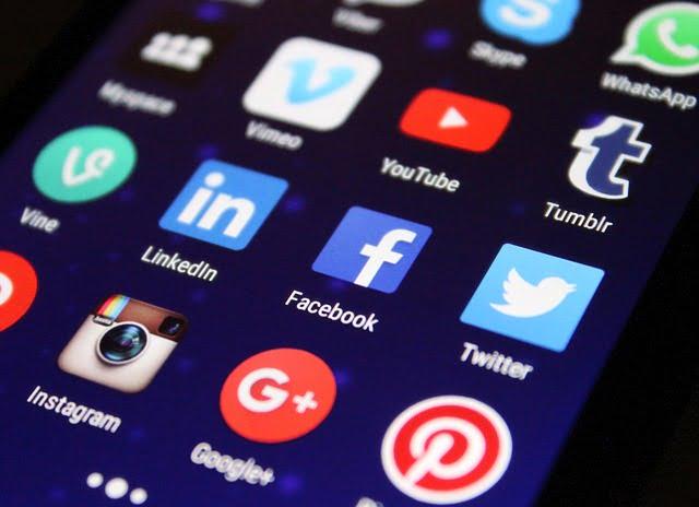 Chat e Social Network: L'importante è comunicare!