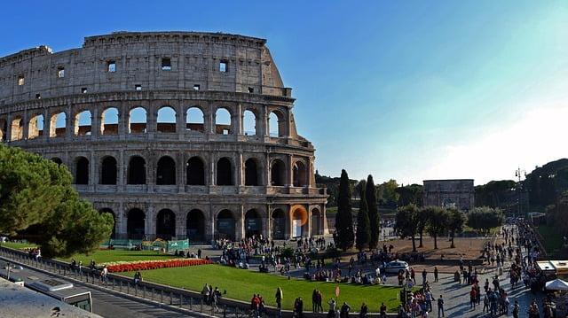 Natale e Capodanno a Roma, il turismo è calato del 10%