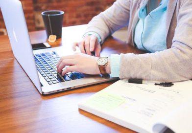 Lavorare da casa: gli strumenti tecnologici a cui non si può rinunciare