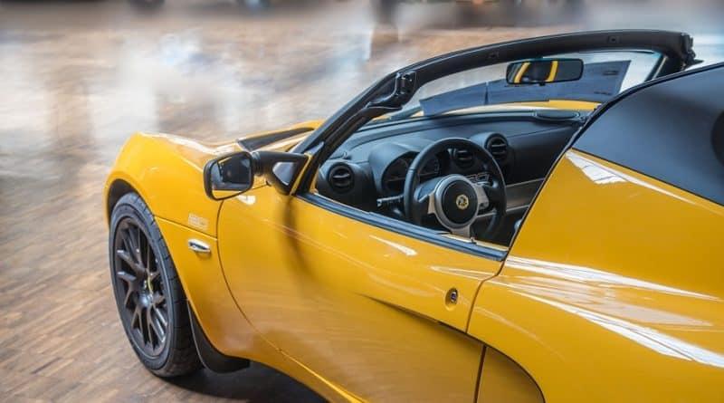 Come lucidare un'auto in modo perfetto