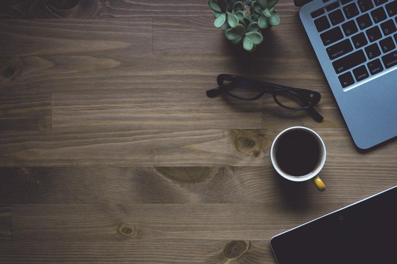 workspace-coffee-laptop-1280538